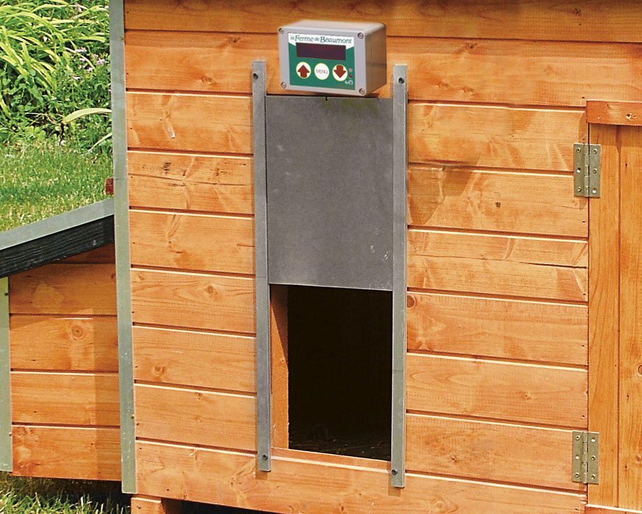 Poulailler le vosges la ferme de beaumont poulaillers - Fermeture automatique porte poulailler ...