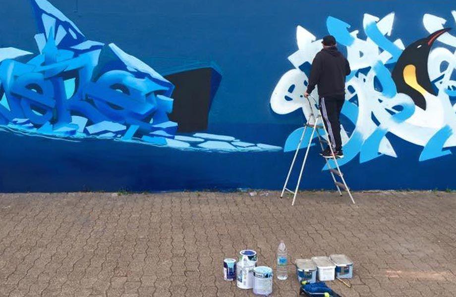 Création d'une fresque par Johann Grenier Made in Graffiti